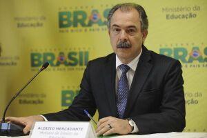 STF envia inquérito contra Mercadante para a Justiça Eleitoral Paulista