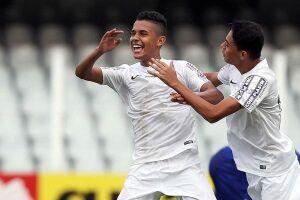 O Santos Sub-17 aplicou uma sonora goleada no último sábado, no Estádio Baetão, pela 11ª rodada do Paulistão da categoria