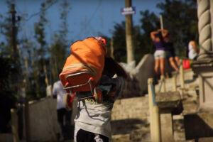 O documentário Carregadores do Monte foi realizado por jovens do Instituto Querô
