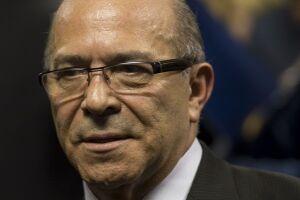 """Padilha diz que interferência do governo no processo de Cunha é """"zero"""""""