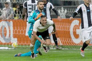 O Santos perdeu por 1 a 0 para o Corinthians em Itaquera