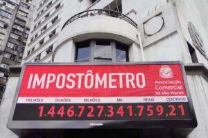 Impostômetro alcançará R$ 900 bilhões neste domingo