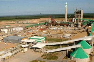 O nível de atividade da indústria brasileira voltou a cair em abril