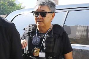O agente Newton Ishii, conhecido por escoltar investigados da Operação Lava Jato, foi preso pela Polícia Federal na terça-feira (7)