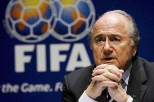 Joseph Blatter é acusado de ter se apropriado indevidamente de US$ 80 milhões