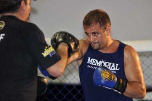 Maldonado luta na Rússia contra a lenda Fedor Emelianenko