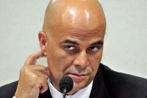 O juiz Renato Borelli, da 20ª Vara Federal, decretou a João Paulo Cunha o ressarcimento de R$ 10,9 milhões e a Marcos Valério, R$ 536,4 mil