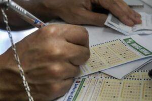 De acordo com a Caixa Econômica Federal, a estimativa de prêmio para o próximo sorteio é de R$ 27 milhões