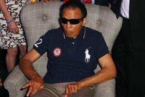 Muhammad Ali está hospitalizado por causa de problemas respiratórios