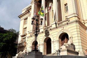Segundo a Defensoria, Prefeitura de Santos já está cumprindo a liminar e cedendo o transporte escolar
