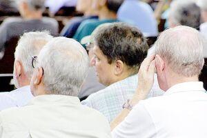 As mudanças nas aposentadorias serão adiadas para setembro