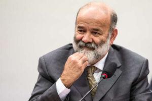 Ex-tesoureiro do PT, Vaccari, que fazer delação premiada, diz revista