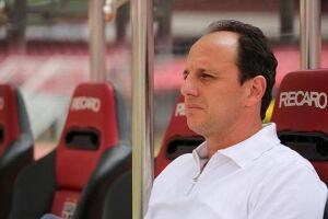 Rogério Ceni não sabe como vai evitar insatisfações por causa de cortes