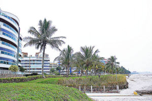 Segundo dados da Prefeitura, cerca de cinco mil contribuintes pagam taxas municipais em Bertioga