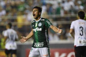 Willian ainda não marcou gols liderando o ataque do Palmeiras no Paulistão
