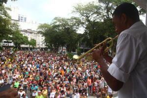 Carnabonde leva multidão às ruas do Centro Histórico