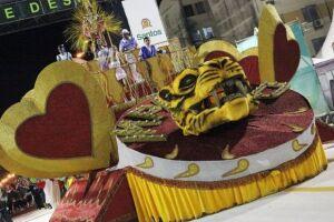 Imperatriz Alvinegra e Unidos da Baixada não poderão entrar na passarela do samba com carros alegóricos