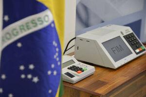 Eleitores brasileiros no exterior podem se alistar pela internet
