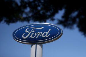 A montadora Ford também vai conceder férias coletivas de 21 dias