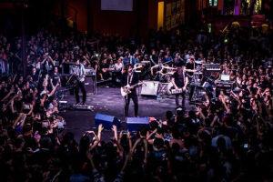 Fresno se apresenta em Santos, nesta sexta-feira (3)