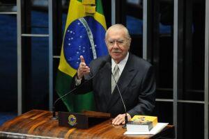 Ministros mantiveram a investigação contra José Sarney no STF