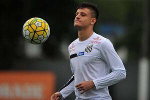 Através de nota oficial, o Santos confirmou o empréstimo do atacante Lucas Crispim ao Ituano