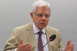 Celso de Mello manteve Moreira Franco como ministro