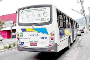 A partir desta quarta-feira, o usuário do transporte público de Guarujá volta a pagar R$ 3,20 por passagem. A empresa tem 30 dias para explicar o aumento de R$ 0,50