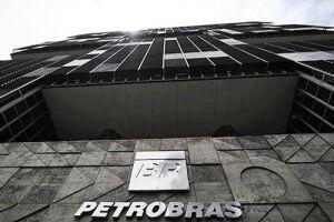 A Standard & Poor's elevou a nota da Petrobras