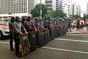 O TJ-SP voltou a autorizar o uso balas de borracha e gás lacrimogêneo pela PM em manifestações