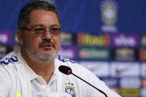 O técnico Rogério Micale revelou uma certa mágoa com Tite