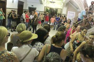 Manifestação foi realizada no Paço Municipal