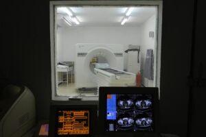 O programa Corujão da Saúde foi lançado há um mês e já atendeu um terço da demanda por exames médicos, como a tomografia computadorizada