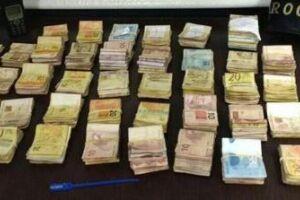 PM apreende R$ 60 mil do tráfico e detém 4 em Peruíbe
