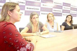 As monitoras Ângela Dias Fortes e Patrícia Emídio Pedroso, junto com a advogada  Patrícia Maria Soares de Oliveira, revelaram a situação que ocorre no Serfis
