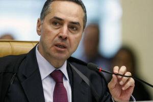 O ministro do Supremo Tribunal Federal (STF), Luís Roberto Barroso, defendeu a legalização, com regulação rígida por parte do estado, de todos os tipos de droga no país