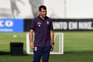 O técnico Fábio Carille quer preservar os jogadores após somar 8 jogos em 25 dias