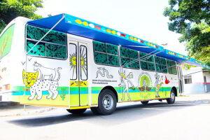 Ônibus-teatro percorerrá sete escolas cubatenses a partir desta segunda-feira (27). Programação encerra no dia 9 de abril, com apresentação no Parque Novo Anilinas