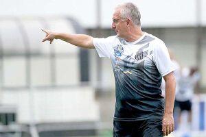 o técnico Dorival Júnior esboçou importantes mudanças para a estreia na Libertadores contra o Sporting Cristal (PER)