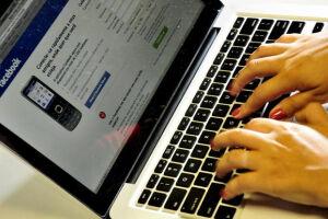 Uma entidade defendeu uma investigação urgente do duopólio do Google e Facebook na publicidade digital
