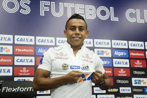 Vladimir Hernández também está apto a jogar pelo Peixe no Campeonato Paulista