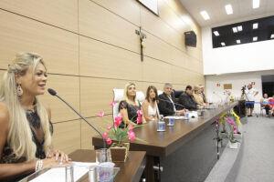 Vereadora Andressa Sales apresentou o projeto de lei complementar que foi aprovado em primeiro turno na sessão da Câmara da última terça-feira