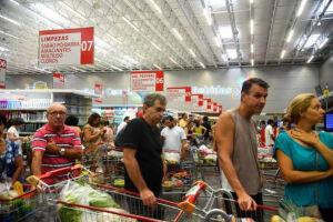 Consumidores consideram que a inflação continuará em queda atingindo 7,5% nos próximos 12 meses