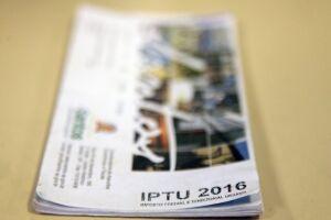Os débitos municipais de 2016 podem ser parcelados em até 10 vezes