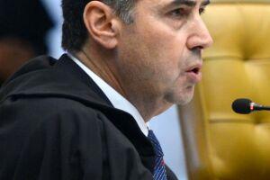 Ministro Barroso condena filha de Fachin