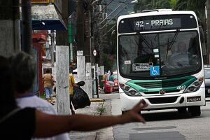 A tarifa dos ônibus de Santos voltará para R$ 3,85 neste domingo
