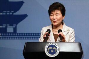 Com a destituição, Park perde sua imunidade e a Coreia do Sul é obrigada a realizar novas eleições presidenciais em um prazo inferior a 60 dias