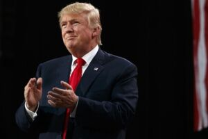 O governo Trump divulgou crimes de imigrantes nos EUA