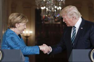 Donald Trump disse que grampo de Barack Obama o une a Angela Merkel