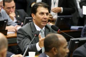 Arthur Maia (PPS-BA) anunciou que decidiu aumentar o ritmo de alta da idade mínima da aposentadoria urbana das mulheres